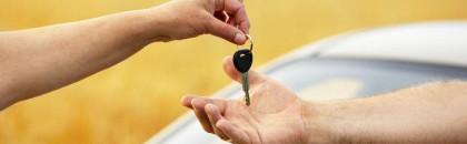 Les constructeurs autos français limitent la casse