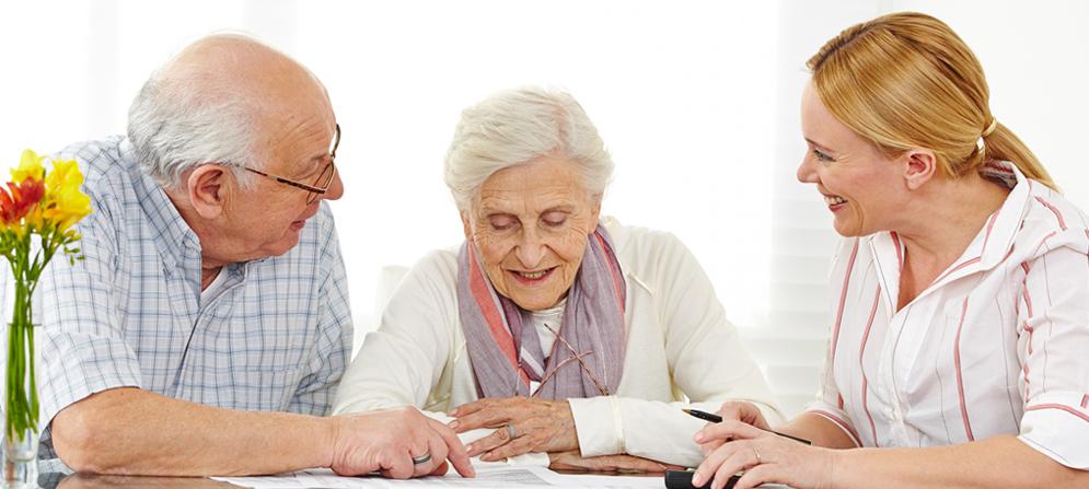 Maison de retraite ou aide domicile comment faire son for Aide maison de retraite